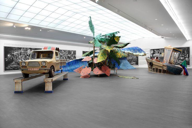 Rinus Van de Velde, Installation view, S.M.A.K., Ghent Donogoo Tonka, 2015, Courtesy Tim Van Laere Gallery, Antwerp