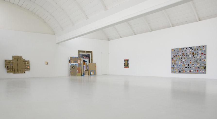 """Ausstellungsansicht """"Fragil - Bilder einer Ausstellung"""", Morat-Institut, Freiburg, 2013"""