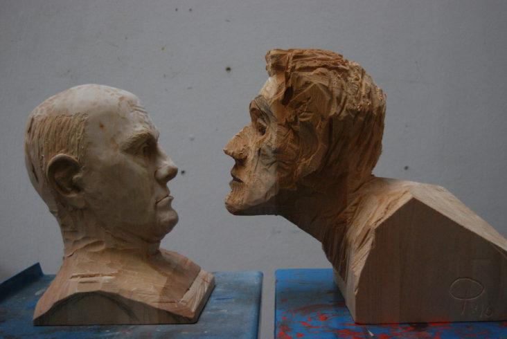 Porträt, metaphysisch, Max Ernst, 2016, Linde, unbehandelt, zweiteilig: ca. 33 x 26 x 26 cm und 38 x 30 x 30 cm, Christoph Platz