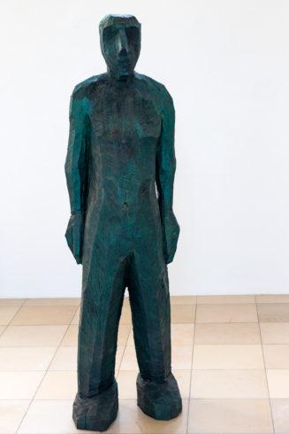 Blauer Mann, Eiche, blau lasiert, 210 x 60 x 60 cm, 2017
