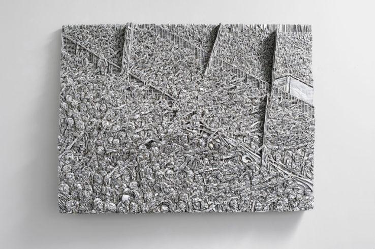 Laolawelle, 2012, Wellpappenrelief, mit Gesso bemalt, Grafit, Permanentmarker, Holz, 150 x 200 x 25 cm © VG Bild-Kunst, Bonn 2018/ Martin Spengler, Foto: © Galerie Thomas Modern, Foto: Walter Bayer