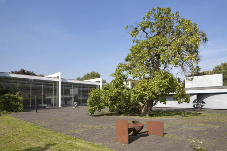 Blick über den Skulpturenhof - Jürgen Diemer