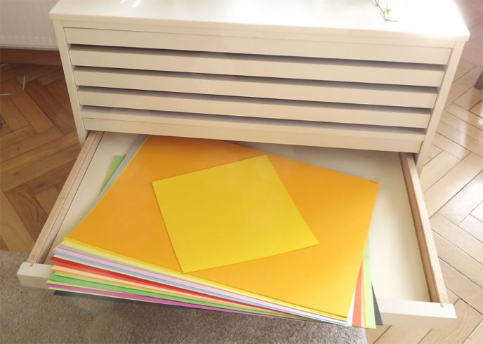 Pappen: Arbeitsmaterial/© Richard Alexander Heckert