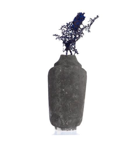Object 226, 2016, Acryl, Sandstein, 23 cm x 52 cm x 15 cm © und Foto: Aljoscha