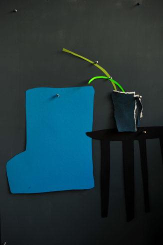 Ina Riepe - Blauer Stuhl 02