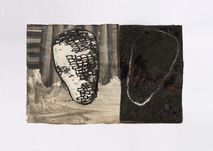 Köpfe, 2010, Grafit und Oilsticks auf Zeichenkarton und schwarzem Sandpapier, 49 x 62 cm VG Bild-Kunst, Bonn 2020 / Horst Thürheimer, Foto: Thomas Lomberg
