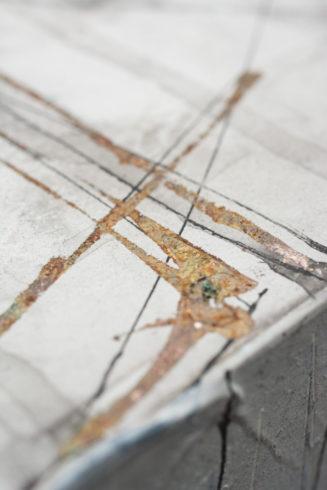 Details aus den Kuben, Tusche und Blattsilber auf Gessogrundierung