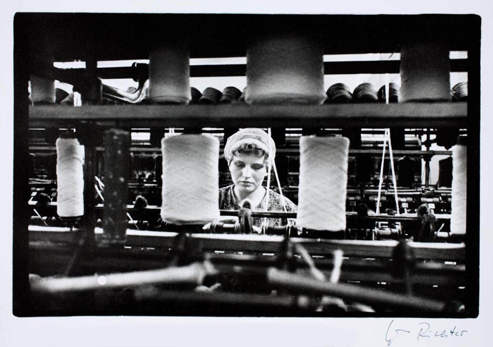 Evelyn Richter: Kammgarnspinnerei, Leipzig 1970, Münchner Stadtmuseum © VG Bild-Kunst, Bonn 2021 / Evelyn Richter